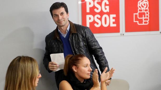 Las primarias a la Xunta abren las primeras tensiones en el PSdeG