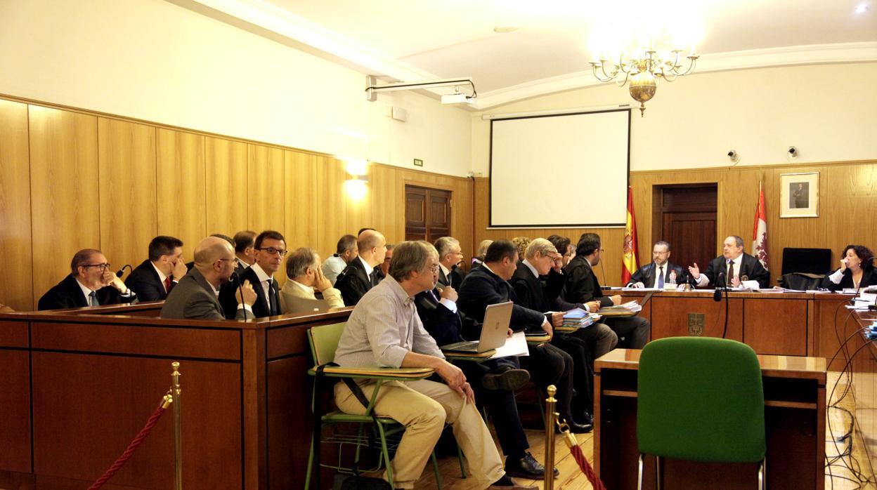 La Fiscalía recurre el archivo de la causa del PGOU de Valladolid para diez de los 14 acusados