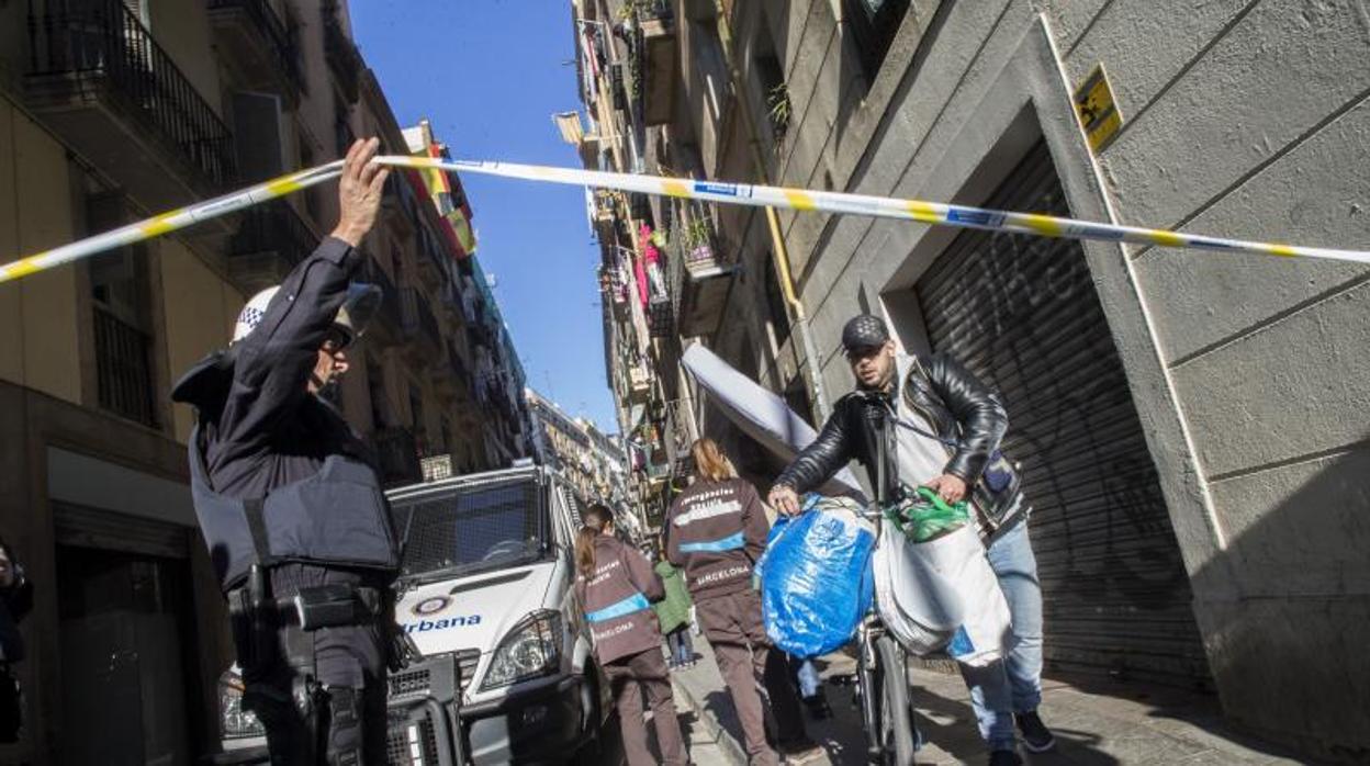 Fernández reclama a Colau que no disuelva la unidad antidisturbios de la Guardia Urbana