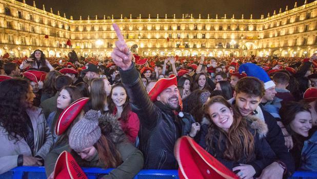La Plaza Mayor de Salamanca durante la Nochevieja Universitaria, en una imagen de archivo