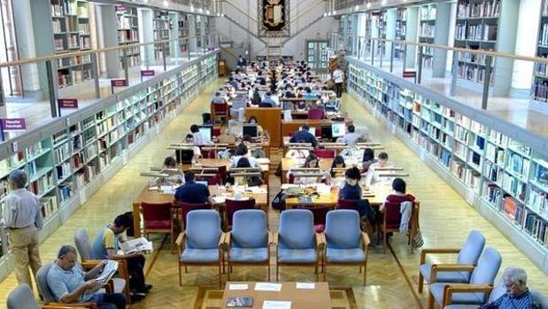Sala de lectura de la Biblioteca de Castilla-La Mancha