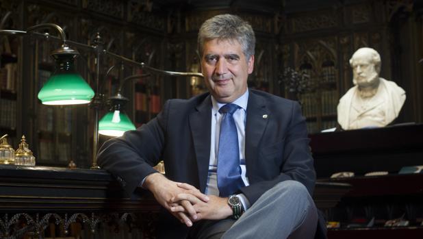 Ignacio Cosidó, portavoz del PP en el Senado durante la entrevista con ABC