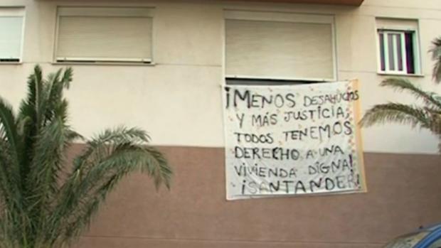 Coalición Canaria y Podemos coinciden en atacar al Banco Santander por desahucios en Añaza, Tenerife