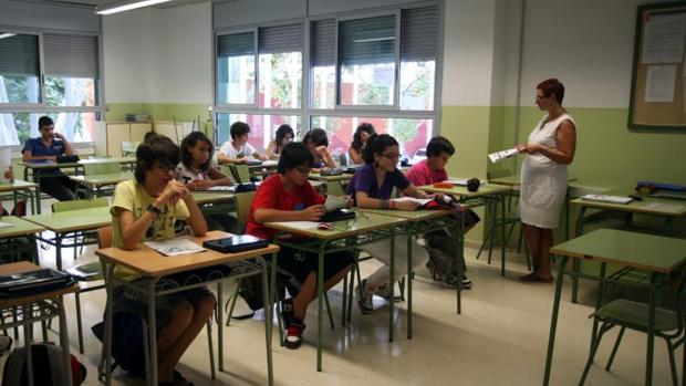 Interior una aula en un centro educativo en Barcelona