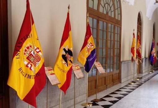 EL MUSEO HISTORICO MILITAR INAGURA LA EXPOSICION: ' 175 ANIVERSARIO DE LA BANDERA NACIONAL '
