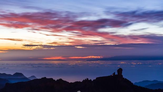 Una panorámica del Tenerife desde Tejefa, Gran Canaria, este mes de octubre