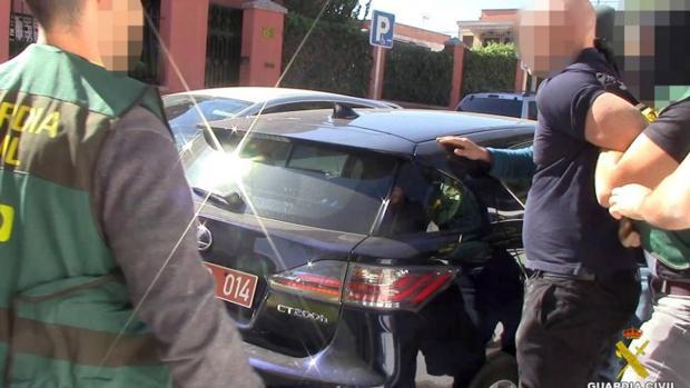 Agentes de la UCO arrestan al ladrón y falso diplomático