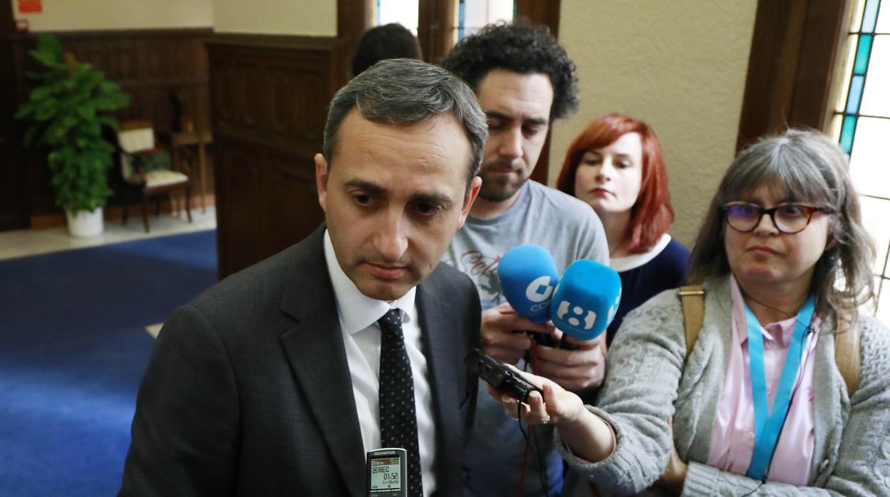 César Sánchez: «Ximo Puig ha roto las relaciones entre la Diputación de Alicante y el Consell»