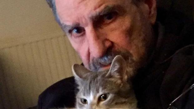 Paoletti: «Solo la poesía consigue en diez palabras fijar toda una vida»