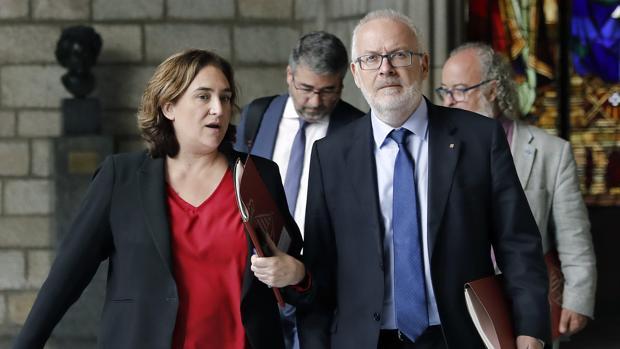 La alcaldesa de Barcelona, Ada Colau, tras la reunion de la Junta Local de Seguridad de Barcelona, el día 22