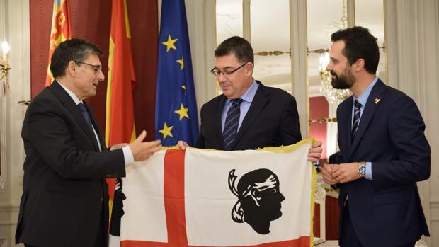 Acto celebrado en las Cortes Valencianas este sábado con los presidentes de los parlamentos