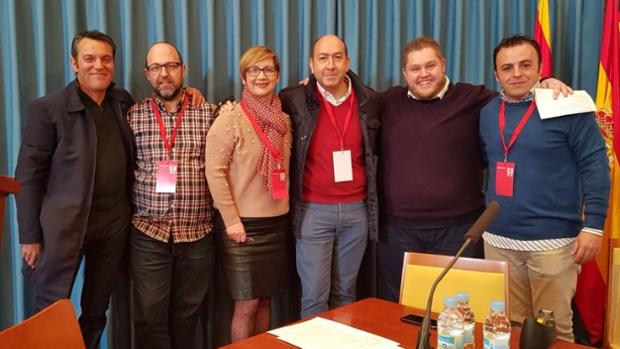 Yolanda Seva con varios representantes socialistas de la comarca del Bajo Vinalopó