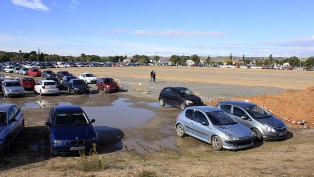 El aparcamiento se inunda siempre en época de lluvia