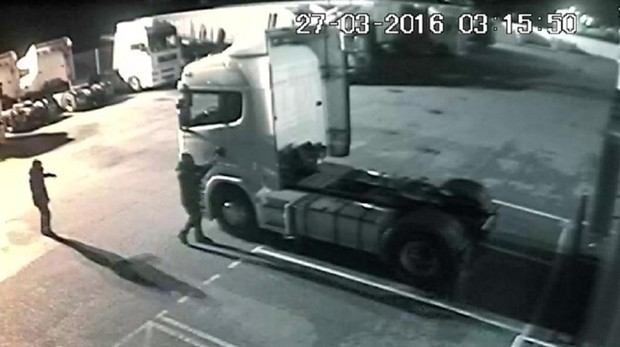 Imagen de archivo del robo de un camión en Madrid