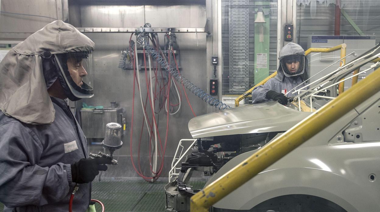 Ford y UGT acuerdan condiciones del ERTE en planta de Almussafes