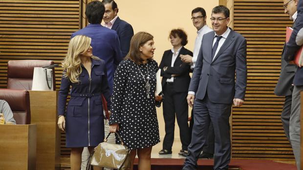 Isabel Bonig y Enric Morera, en las Cortes Valencianas en una imagen de archivo
