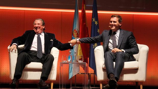 Vázquez y Rivera, en la conferencia organizada por Ciudadanos en La Coruña