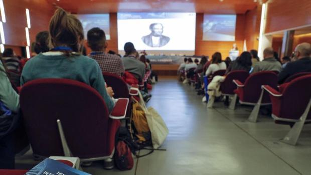 Conferencia durante el congreso internacional organizado por ASEICA en Valencia