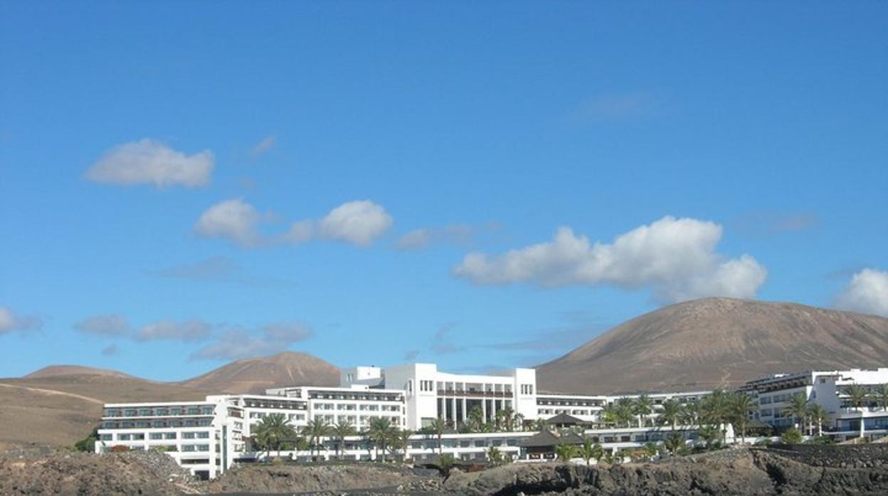 AM Resorts se hace con la gestión de dos hoteles en Canarias