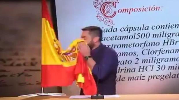 Imagen de Dani Mateo tomada en el programa en el que sonó con la bandera de España
