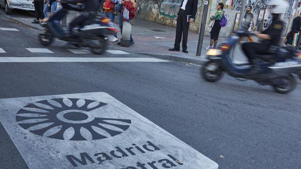Señalización de Madrid Central en las calles del centro de la capital