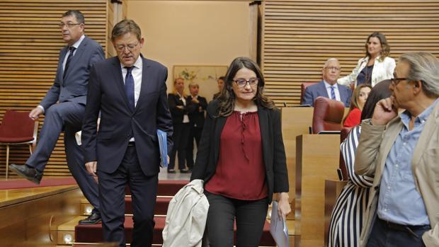 Ximo Puig y Mónica Oltra, en las Cortes Valencianas