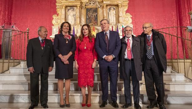 Los siete presidentes de las Cortes de Castilla y León desde 1983: Manuel Estella, María Josefa García Cirac, Silvia Clemente, José Manuel Fernández Santiago, Dionisio Llamazares y Carlos Sánchez Reyes