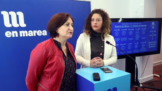 Las viceportavoces de la confluencia, Victoria Esteban (i) y Ana Seijas (d), este sábado en rueda de prensa
