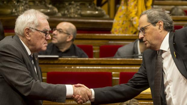 El consejero de Exteriores de la Generalitat, Ernest Maragall, con el presidente Quim Torra