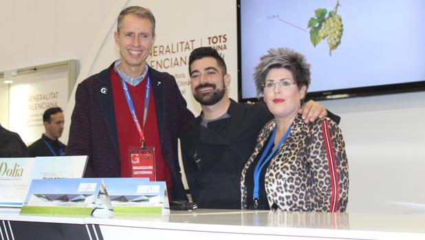 Representantes del Auditori Teulada Moraira en la feria Gastrónoma de Valencia