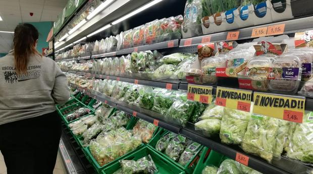 Imagen de la nueva gama de germinados en uno de los lineales de Mercadona