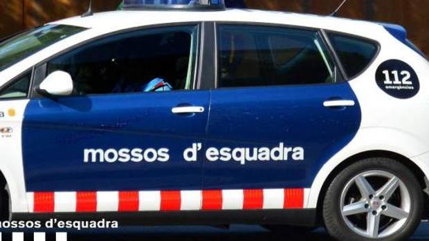 Un vehículo de los Mossos d'Esquadra en una operación policial, en una imagen de archivo