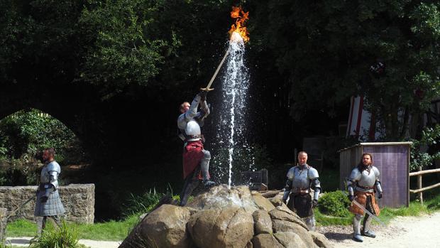 Uno de los espectáculos que se representan en el parque francés Puy du Fou
