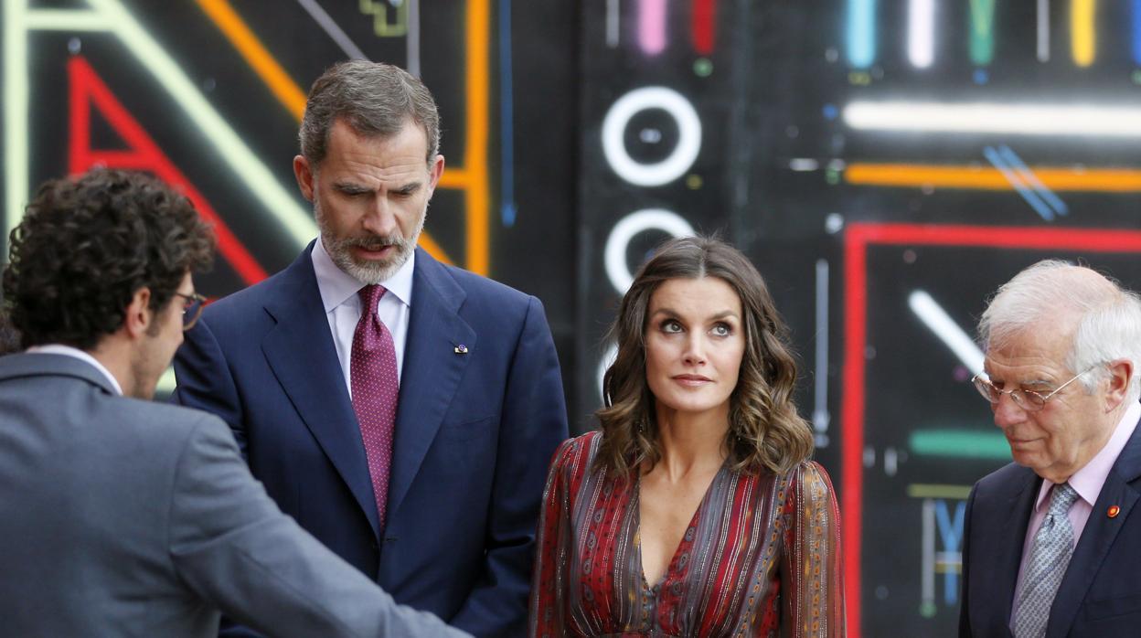 Doña Letizia regresa a Madrid y Begoña Gómez se desplaza a Guatemala