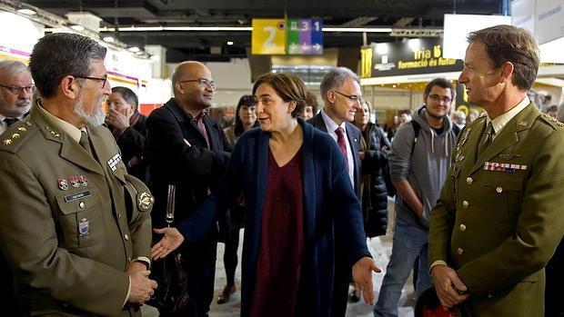 Defensa renuncia a la presencia militar en el Salón de la Enseñanza de Barcelona
