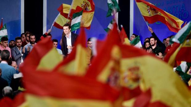 Casado acusa a Sánchez de «traición» por no defender un Gibraltar español
