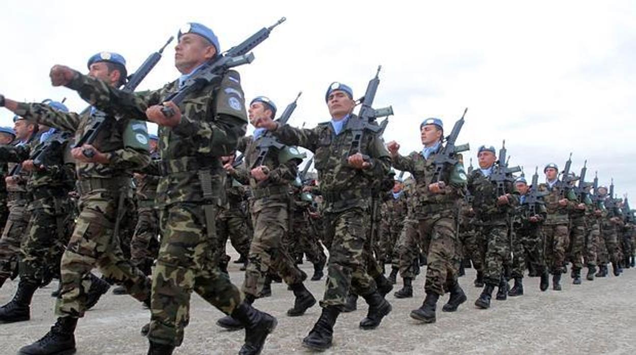 Un lector de ABC propone la denominación Real para los ejércitos españoles