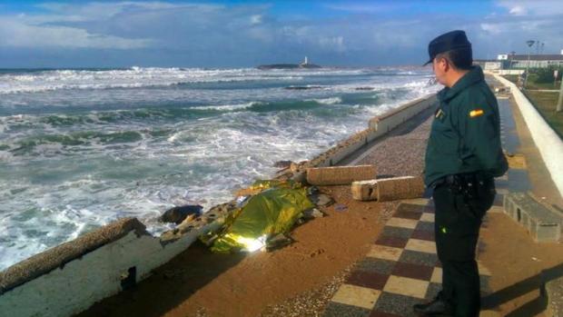 Sánchez viaja a Rabat en el año récord de llegada de pateras