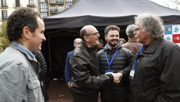 Fracaso de la consulta soberanista en San Sebastián: solo un 13% de participación con Rufián de observador