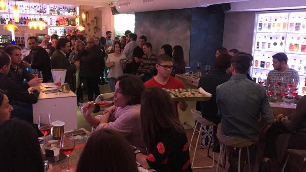 Interior del bar Lemon, durante uno de los eventos que realizan