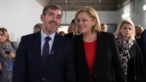 Fernando Clavijo y Corina Cretu