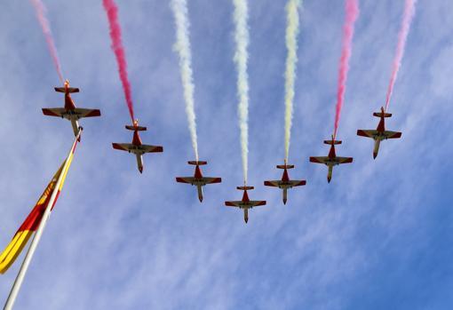 Bandera nacional en el aire, este sábado en Alicante