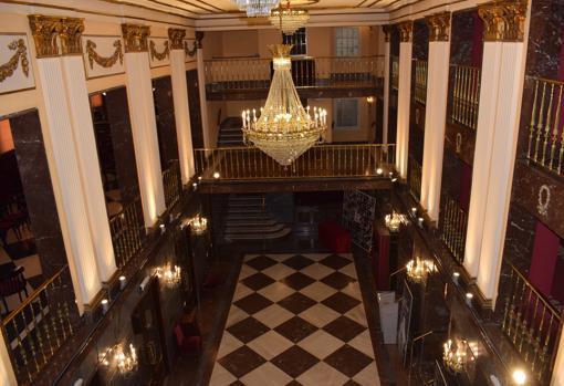 Zona de entrada del teatro vista desde el tercer piso