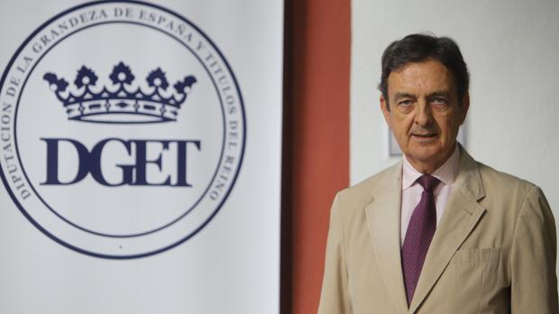 Enrique Fernández-Miranda, duque de Fernández-Miranda, decano de la Diputación de la Grandeza de España y Títulos del Reino