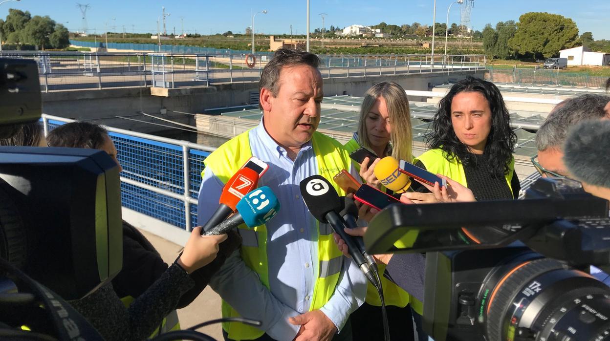 El Ayuntamiento invierte más de 9 millones para mejorar la calidad e incentivar el consumo de agua del grifo