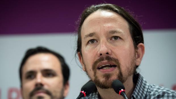 El líder de Podemos, Pablo Iglesias, comparece en la sede de Podemos en Madrid tras los resultados autonómicos