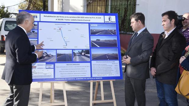 Inauguración de las mejoras en la CM-3222 entre Iniesta y Ledaña, con la presencia del presidente García-Page