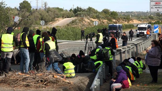 Barricadas en la AP-7 el pasado fin de semana