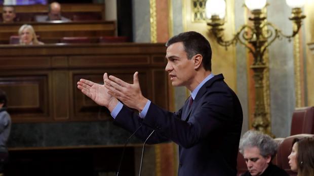 Sánchez saca pecho del pacto para Gibraltar y rechaza renegociarlo