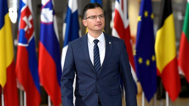 El primer ministro de Eslovenia, Marjan Salec, llegando a la reunión del Consejo Europeo, ayer en Bruselas